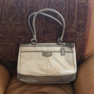 Two toned coach purse gray and cream